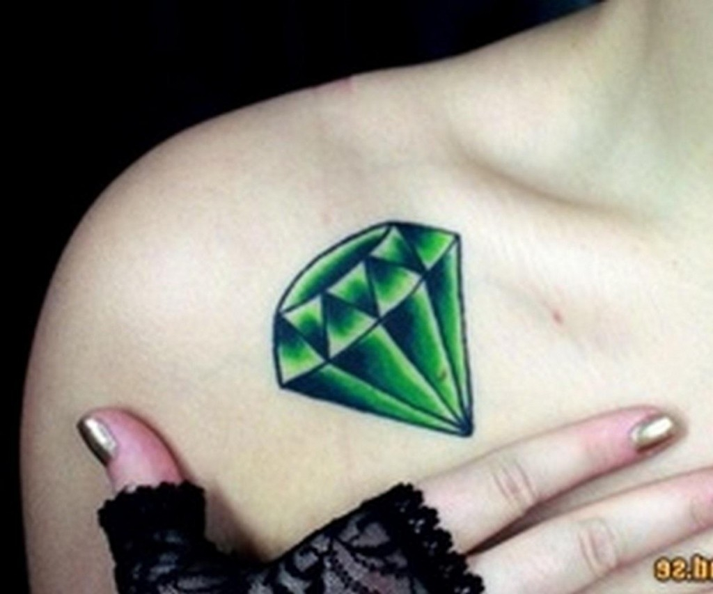 Фото алмазов для тату